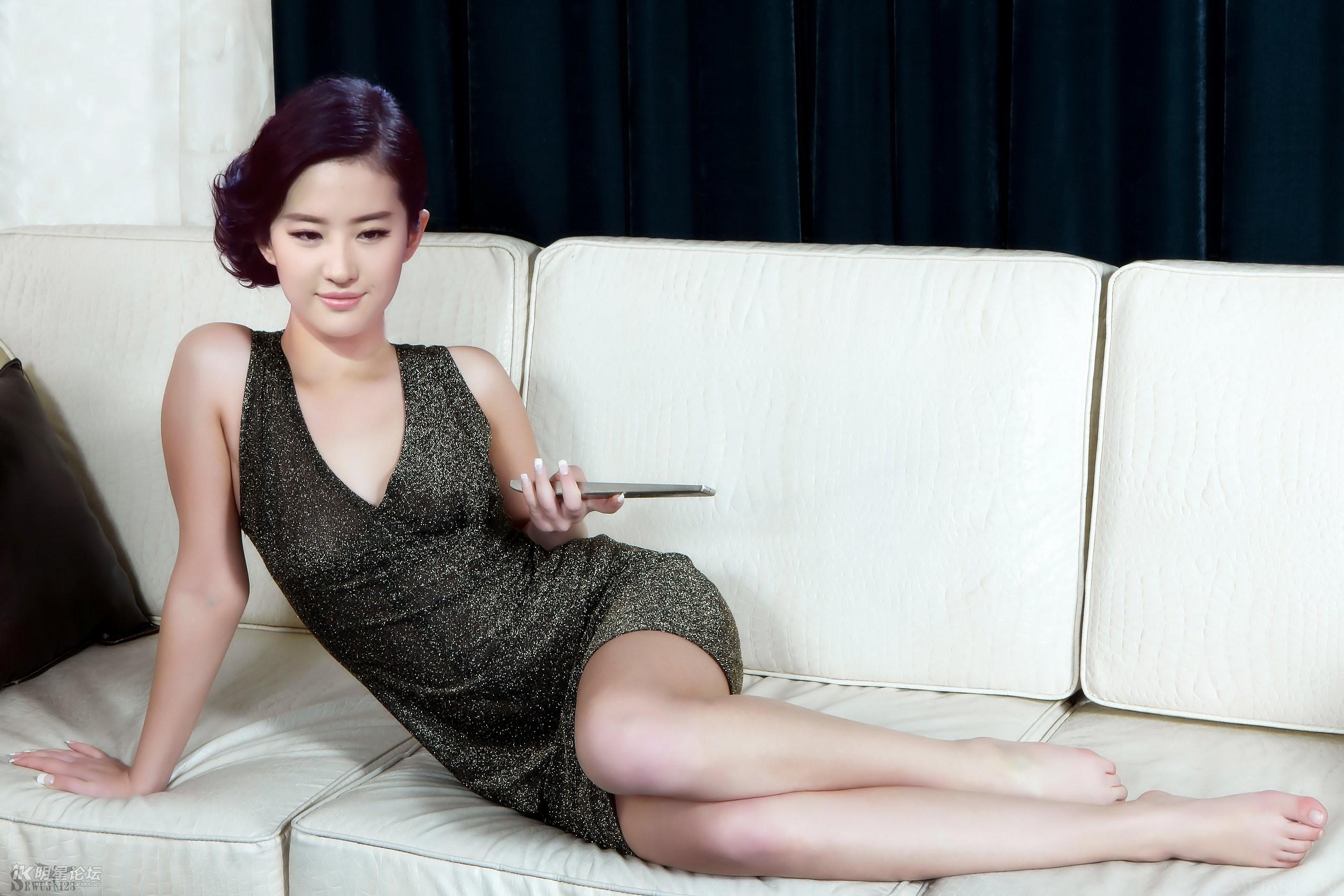 明星合成图77论坛_明星合成激情图(39)【17P】 - 亚洲性爱 - 福利社区